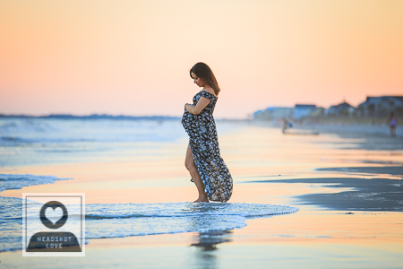 Maternity photos at the beach