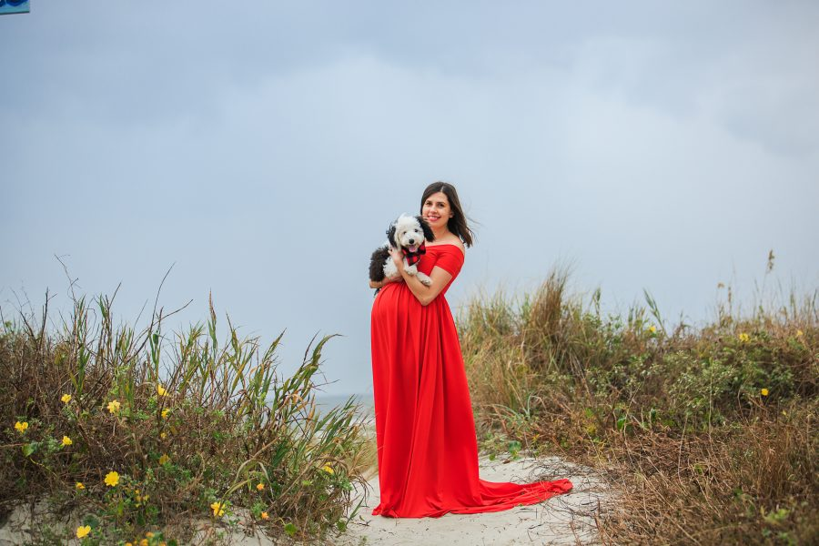 maternity photographs at the beach examples red dress